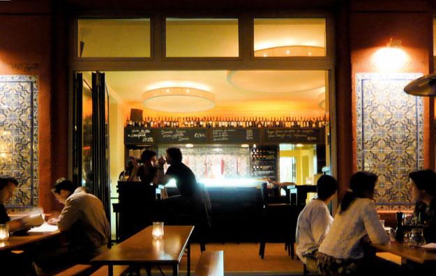 Tres-Tapas-Bar-Michael-Lieb-Architekten-05 Tres Tapas Berlin